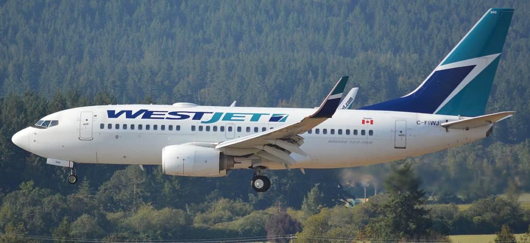 WestJet 737 700C C FIWJ