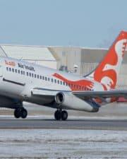 9 Oldest Commercial Passenger Planes in Service