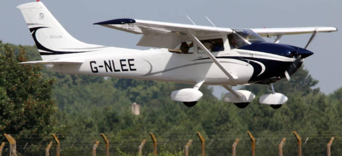 Cessna 182Q Skylane II G NLEE