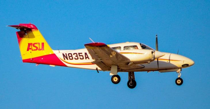 N835AT Piper PA 44 180 Seminole