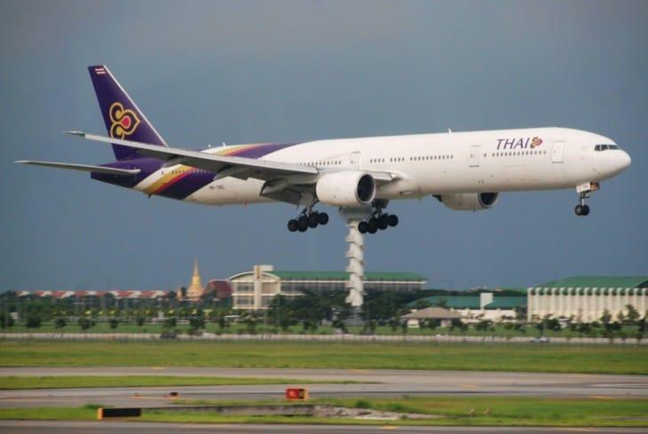 Thai Airways International Boeing 777 300 1