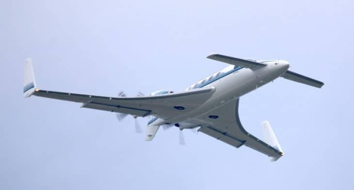 Beechcraft Starship in flight