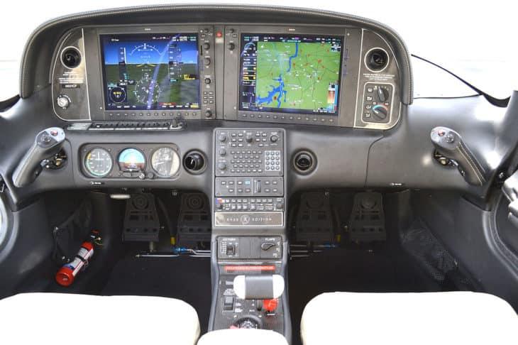 Cirrus SR22 Cockpit