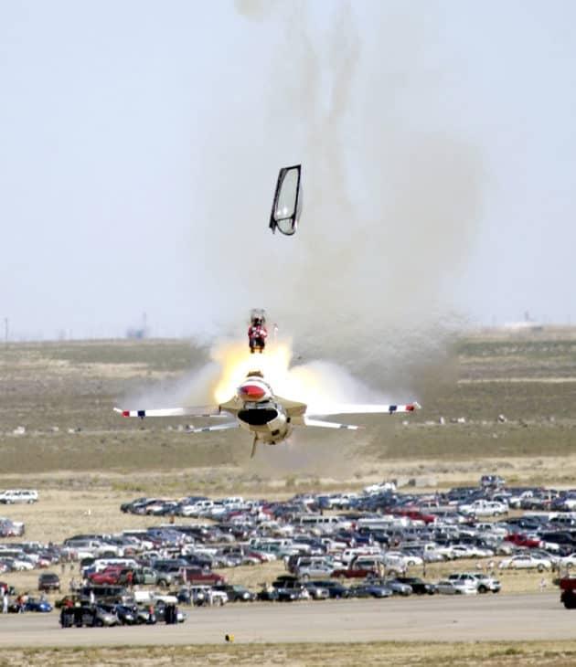 Thunderbird F16 crash