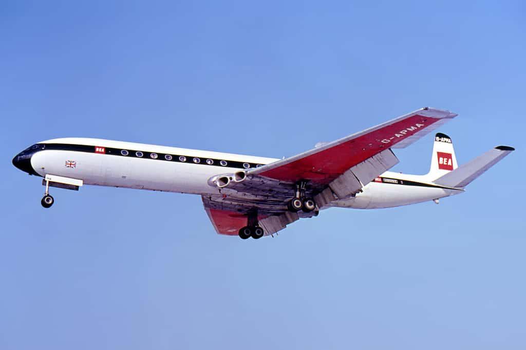 de Havilland DH-106 Comet 4