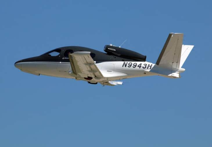 Cirrus Vision Jet SF50 N9943H