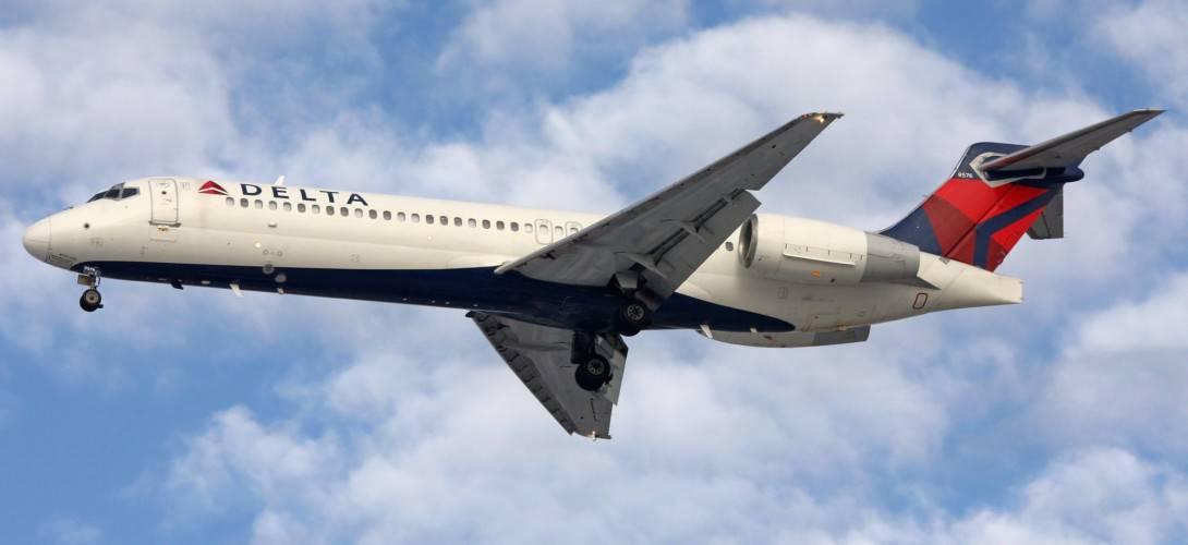 DELTA Boeing 717 200 N608AT
