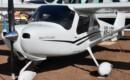 Cessna 162 SkyCatcher VH LSO.