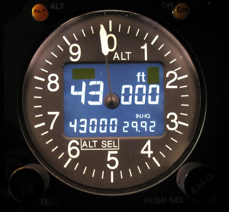 Electronic Aircraft altimeter showing a cruise altitude of 43000 feet