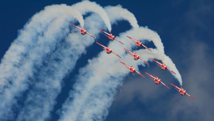 RCAF Snowbirds: Canada's Aerobatics Team