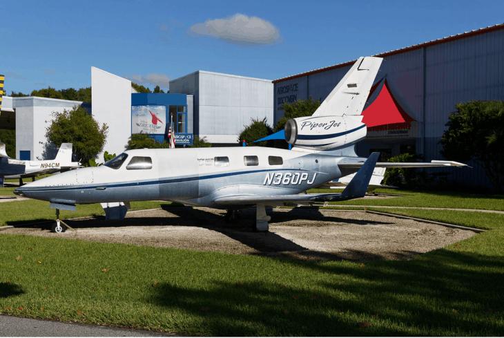 Piper PA 47 PiperJet.