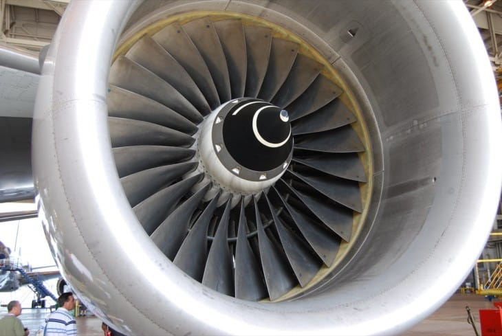 American Airlines Boeing 777 200 Rolls Royce Trent