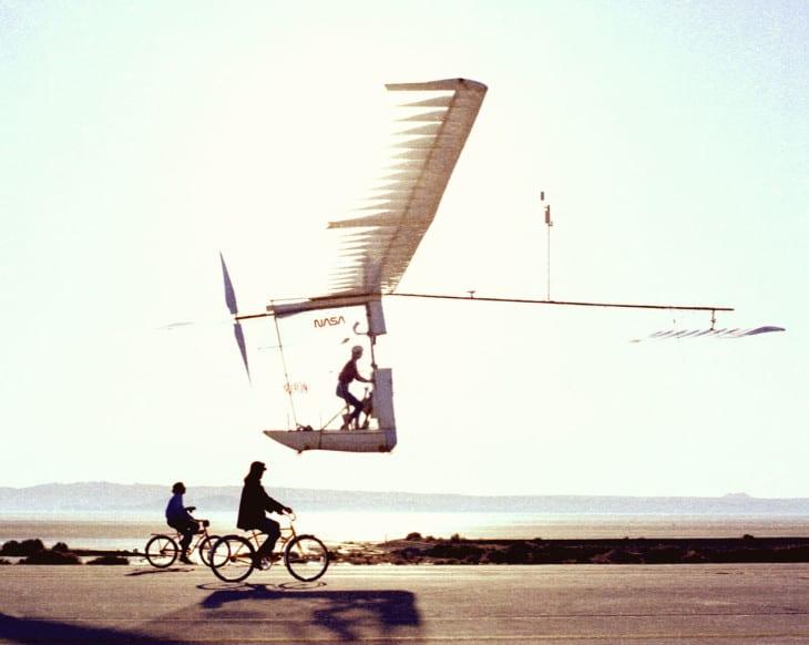 Gossamer Albatross II in flight