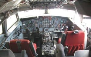 Boeing 707 cockpit flight deck