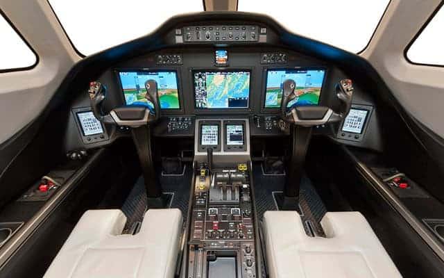 Cessna Citation Latitude cockpit