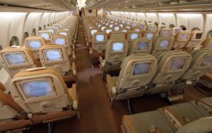 Airbus A340-300 interior cabin