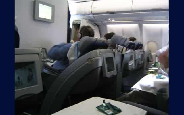 Bombardier CRJ 1000 interior
