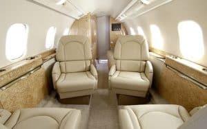 Bombardier Learjet 60XR interior