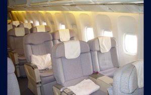 Boeing 777-200ER interior seating