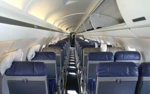 Embraer ERJ 140 interior seating